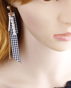 Checkered Fabric Earrings | Wendy – Red Velvet