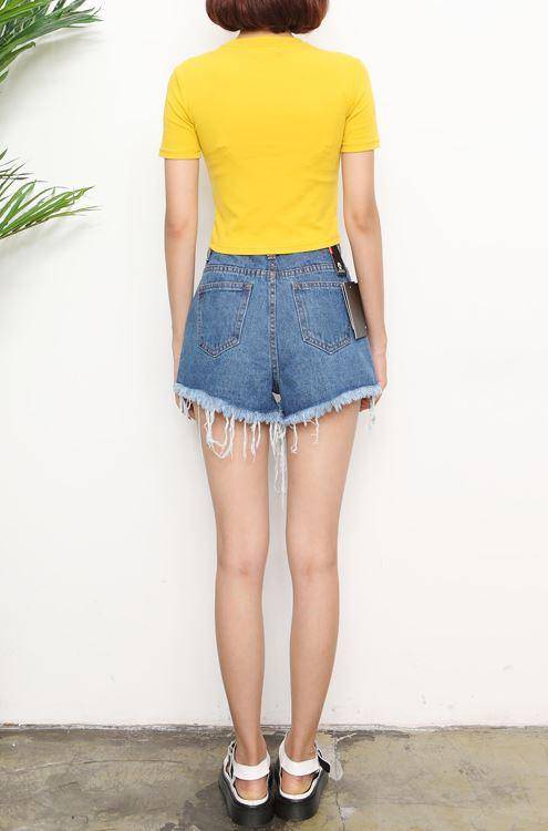 Yellow T-Shirt | Lisa – Blackpink