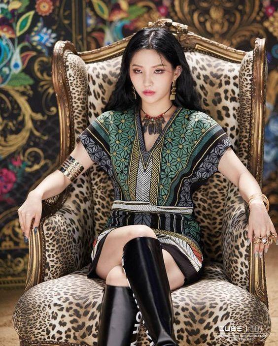 Patterned Tunic | Soyeon – (G)I-DLE