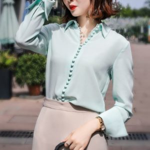 Kim Mi Soo's Blue Blouse with buttons