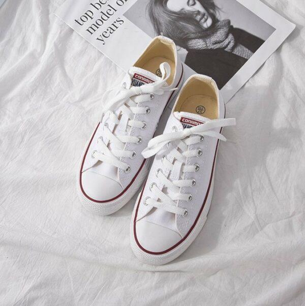 White Sneakers | Lisa – Blackpink