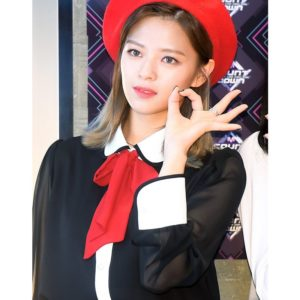 Chic Black Blouse | Jeongyeon – Twice