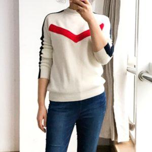 red-velvet-seulgi-red-white-pullover2