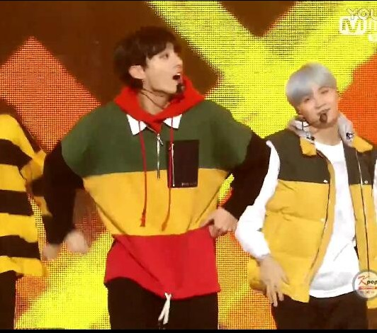 Colorful Sweater | Jungkook – BTS