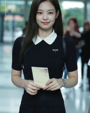 Black Polo Shirt | Jennie – BlackPink