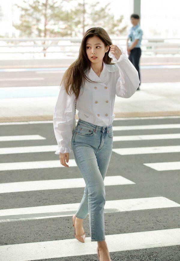 White Doll Collar Shirt | Jennie – BlackPink