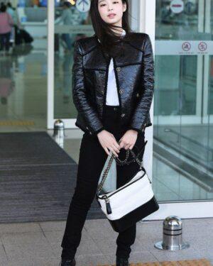 Black Jacket | Jennie – BlackPink