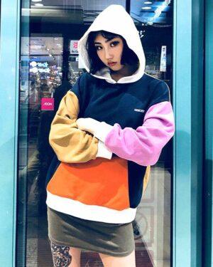 bts-jungkook-multicolored-hoodie