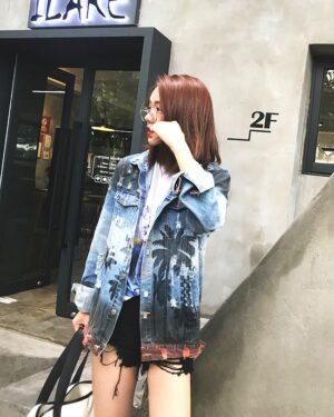 exo-baekhyun-palm-denim-jacket2