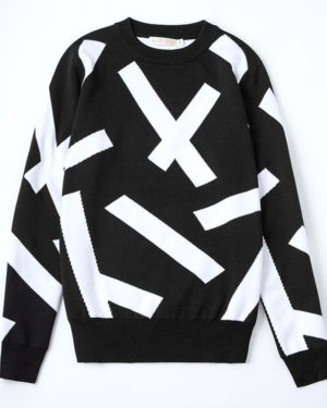 exo-luhan-comfy-black-white-sweater