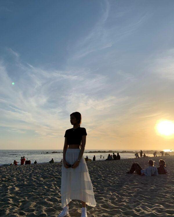 White Beach Skirt | Jennie – BlackPink
