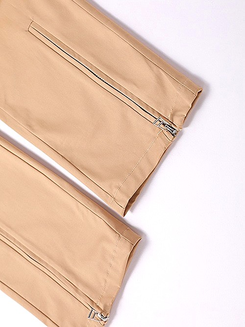 Beige Pants   Lisa – BlackPink
