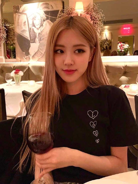 Black Love Shirt | Rose – BlackPink