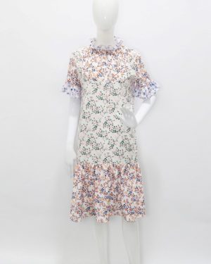 Hyuna Colorful Floral High Collar Dress (15)