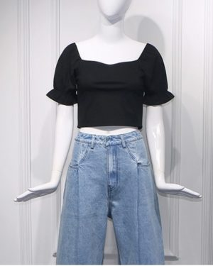 Rose Black Square Collar Crop Top (2)
