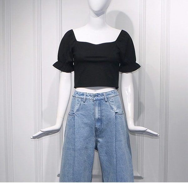 Black Square Collar Crop Top | Rose – BlackPink