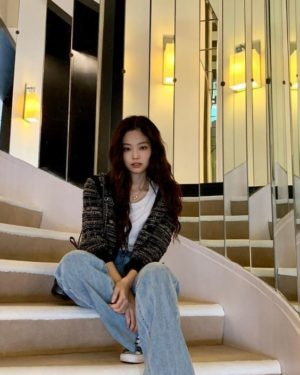 Retro Plaid Knit Cardigan | Jennie – BlackPink