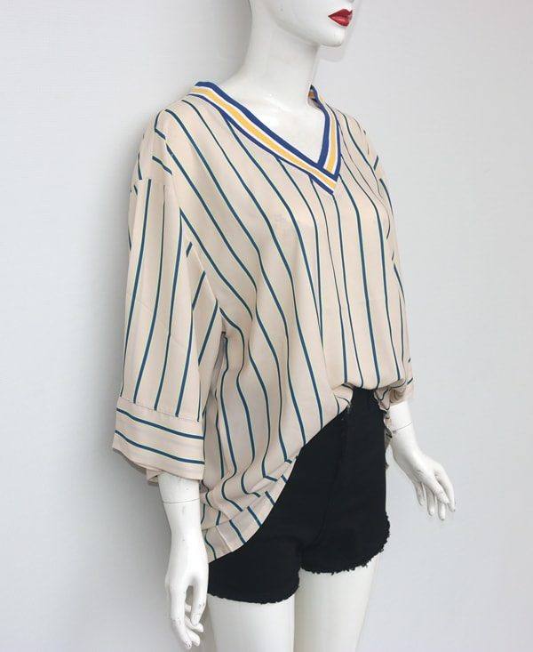 V-Neck Vertical Striped Shirt | Lisa – BlackPink