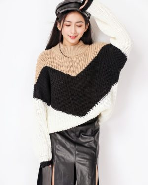 Solar Loose Khaki Black Sweater (16)