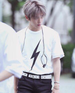 Lightning T-Shirt   Taeyong – NCT