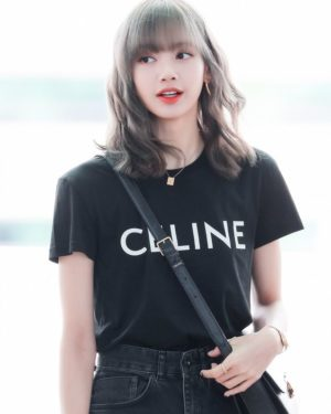 Célino T-Shirt | Lisa – BlackPink