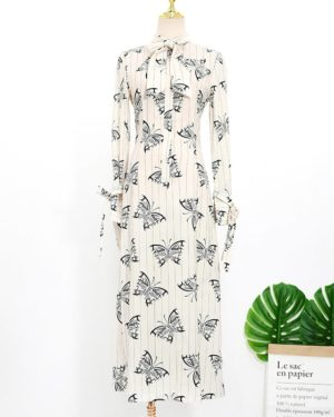 IU Butterfly Print Dress (2)