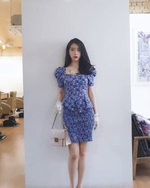 Fitting Blue Flower Skirt   IU – Hotel Del Luna