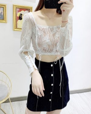 Jennie Sqaure Collar Lace Crop Top (4)