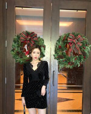 Nayeon Dotted Black Openwork Lace Dress (7)