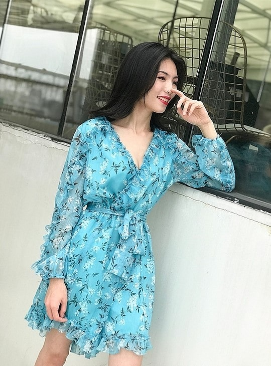 Blue Floral Printed Ruffled Jumpsuit | Rose – BlackPink