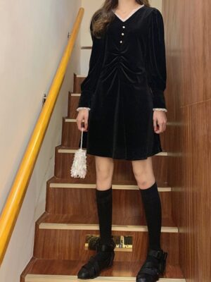 Yuqi Black Long Sleeve Velvet Lace Dress (9)
