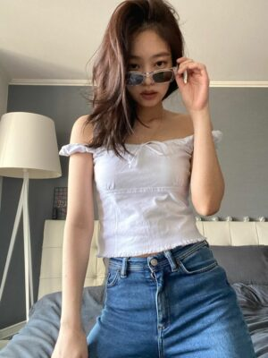 White Thin Slim Fit Short T-Shirt | Jennie – BlackPink