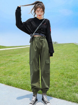 Park Seo Roi Olive Green Cargo Pants (5)