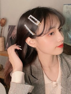 Lim Joo Kyung – True Beauty Crystal Embellished Hair Clip (4)