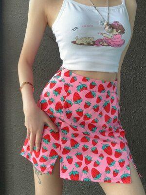 Hyuna – Pink Strawberry-Print Slit Skirt (8)