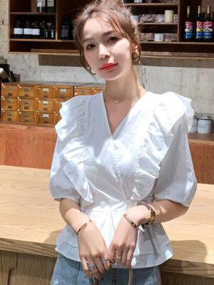 Hyuna – White Ruffle Detail Peplum Top (5)