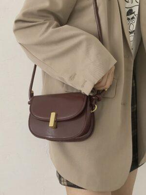 Lim Joo Kyung – True Beauty Classic Brown Crossbody Bag (10)