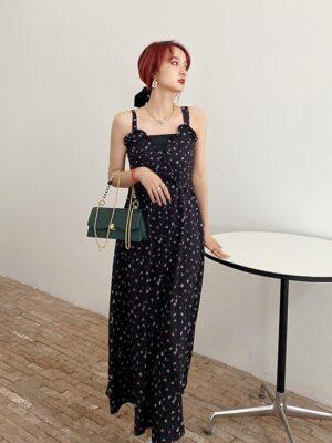 Lisa – Blackpink Black Sling Dress With Floral Pattern (9)