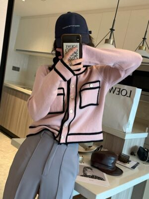 Jennie – BlackPink Candy Pink Knitted Cardigan (8)