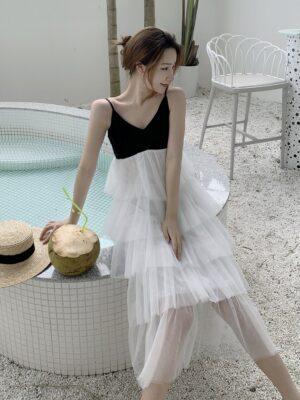 Jennie – BlackPink Layered Ruffle Mesh Sling Dress (2)