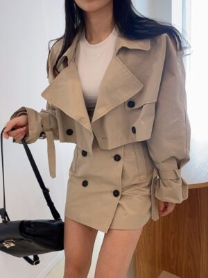 Miyeon – (G)I-DLE Beige Cropped Coat (19)