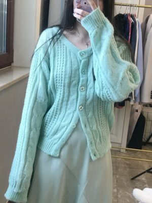 Oh Mi Joo – Run On Mint Green Knitted Cardigan (4)