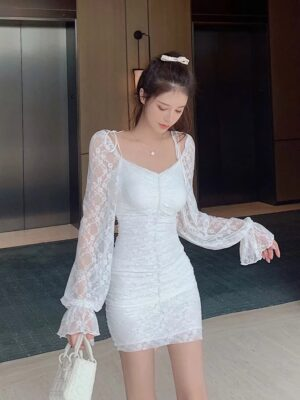 Soojin – (G)I-DLE White Fitted Lace Mini Dress (10)