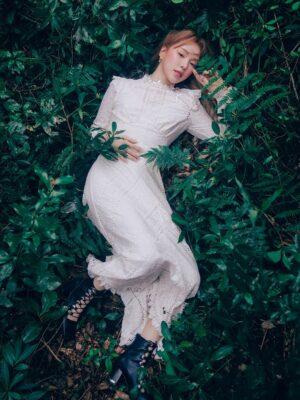 Elegant White Lace Dress   Wendy – Red Velvet