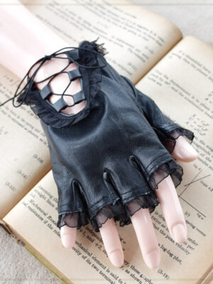 Black Punk Lace Gloves Seulgi – Red Velvet 04