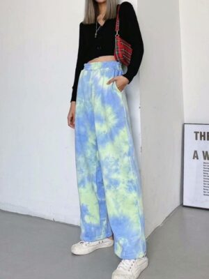 Chaeryeong – ITZY Green and Blue Tie-Dye Pants (9)