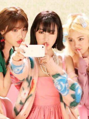 Flower Oversized Cardigan | Tiffany – Girls Generation