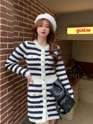 Jisoo – BlackPink Stripe Knitted Dress (3)