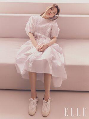 White Bubble Sleeve Ruffled Dress   Joy – Red Velvet