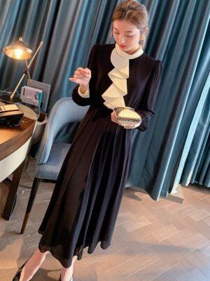 Ko Moon‑Young – It's Okay Not To Be Okay Black Long Sleeve Dress With Ruffles (4)
